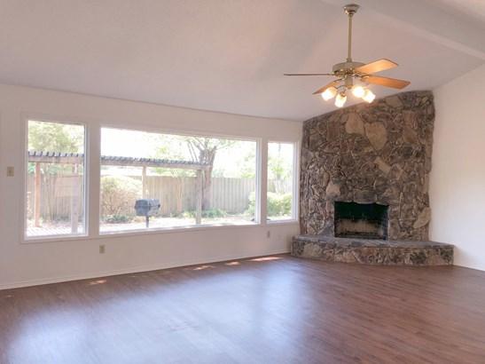 230 Swan Ridge Drive, Duncanville, TX - USA (photo 5)