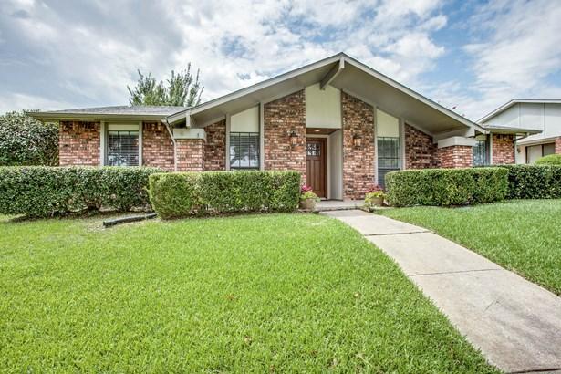 3421 Knoll Point Drive, Garland, TX - USA (photo 1)