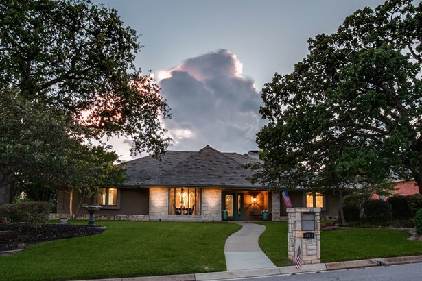 3412 Chapelwood Court, Colleyville, TX - USA (photo 2)