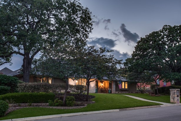 3412 Chapelwood Court, Colleyville, TX - USA (photo 3)