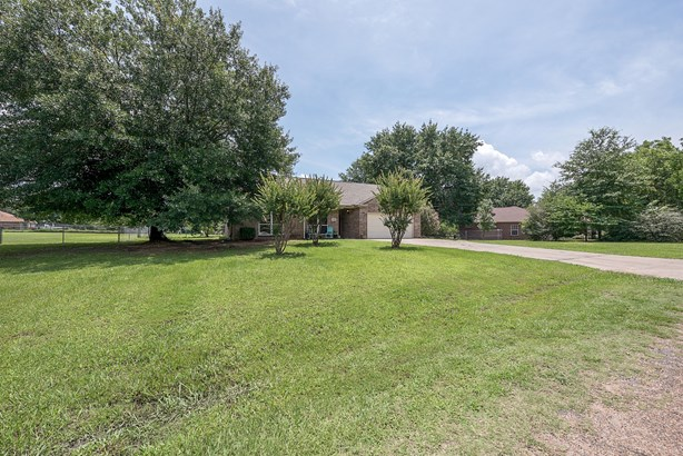 158 Autumn Wood Trail, Gun Barrel City, TX - USA (photo 4)