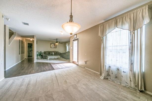 2920 Cottage Lane, Lancaster, TX - USA (photo 4)