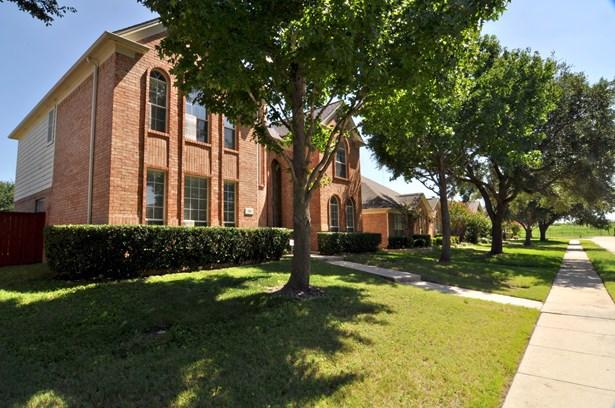 203 Dorsett Court, Irving, TX - USA (photo 2)