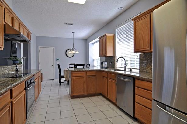 203 Dorsett Court, Irving, TX - USA (photo 5)