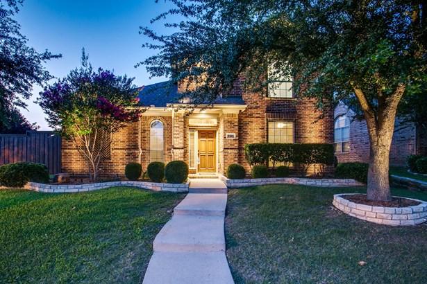 701 Water Oak Drive, Garland, TX - USA (photo 2)