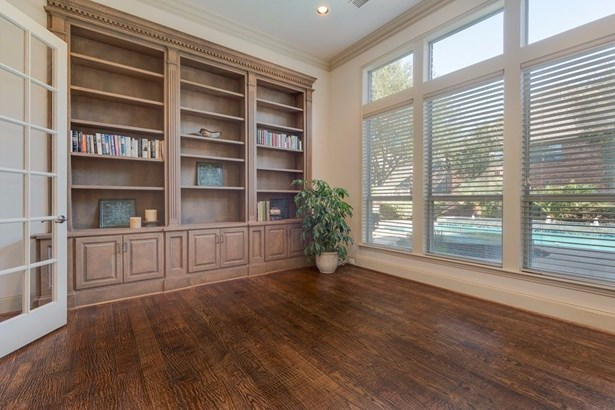 722 Armstrong Boulevard, Coppell, TX - USA (photo 3)