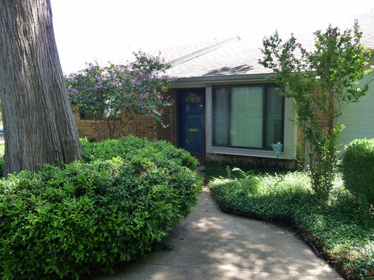 13643 Weald Green Street, Dallas, TX - USA (photo 3)