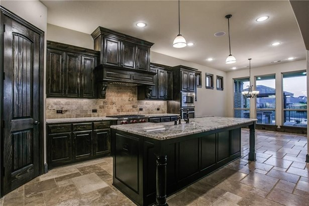 2925 Avondale Court, The Colony, TX - USA (photo 5)