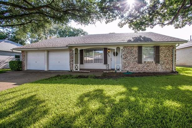 904 N Lindale Lane, Richardson, TX - USA (photo 1)