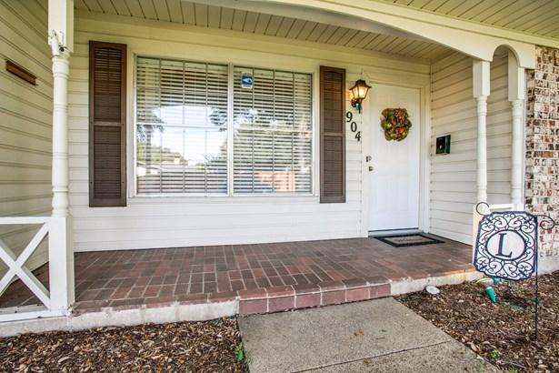 904 N Lindale Lane, Richardson, TX - USA (photo 2)