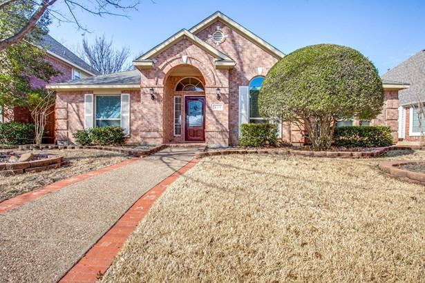 517 Thunderbrook Road, Garland, TX - USA (photo 1)