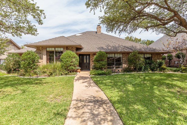 2507 Chad Drive, Arlington, TX - USA (photo 1)