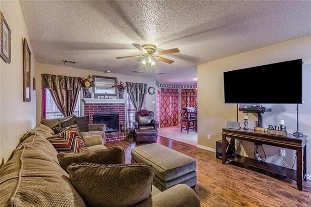 1215 Bold Forbes Drive, Grand Prairie, TX - USA (photo 5)