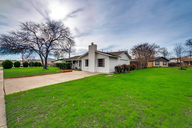 2613 Squire Street, Irving, TX - USA (photo 3)