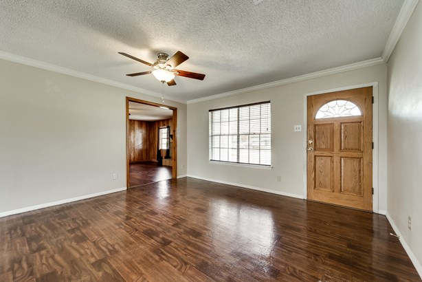 2613 Squire Street, Irving, TX - USA (photo 4)