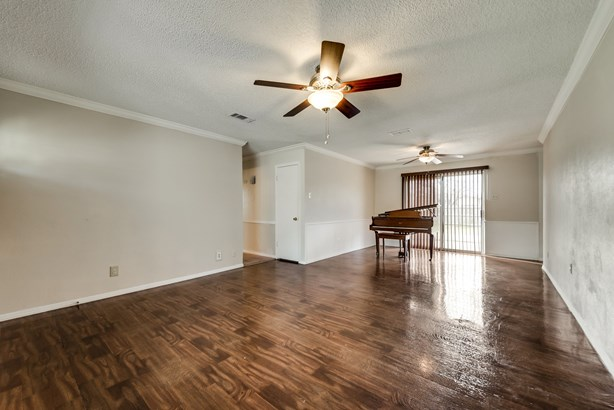 2613 Squire Street, Irving, TX - USA (photo 5)