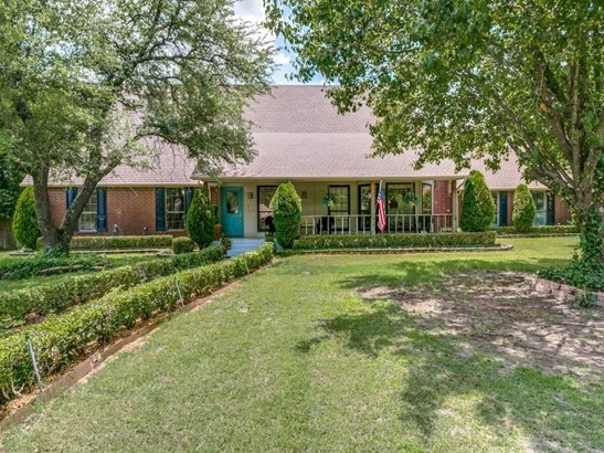 302 Ovilla Oaks Drive, Ovilla, TX - USA (photo 1)