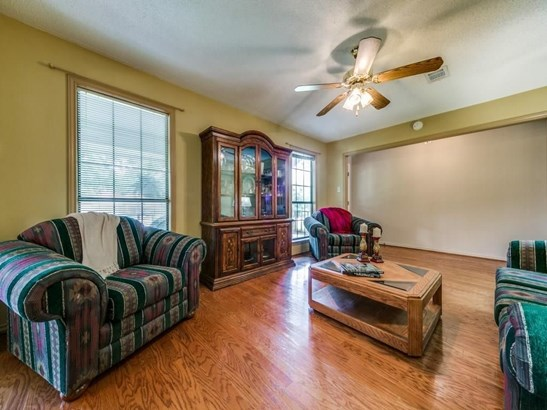 302 Ovilla Oaks Drive, Ovilla, TX - USA (photo 5)