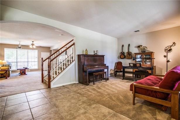 7901 Amesbury Lane, Rowlett, TX - USA (photo 4)