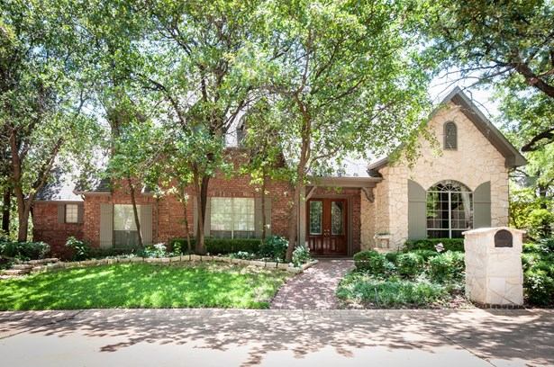 2611 Oates, Arlington, TX - USA (photo 1)