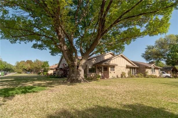 2800 Quail Ridge Drive, Carrollton, TX - USA (photo 2)