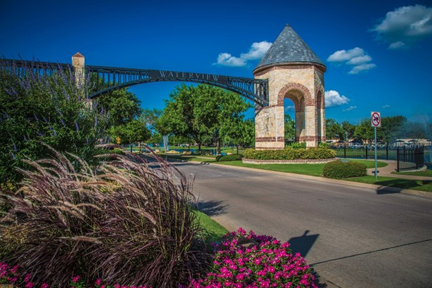 10014 Waterview Parkway, Rowlett, TX - USA (photo 2)