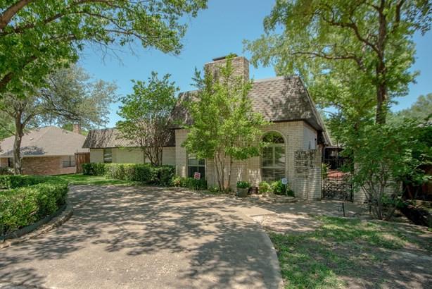 9219 Whitehurst Drive, Dallas, TX - USA (photo 2)