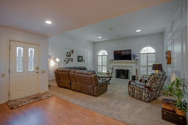 9219 Whitehurst Drive, Dallas, TX - USA (photo 3)