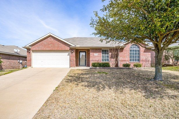 1704 Hope Town Drive, Mansfield, TX - USA (photo 1)