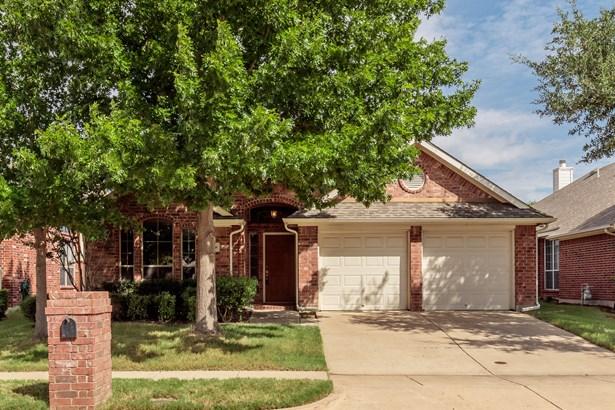 2468 Beachview Drive, Grand Prairie, TX - USA (photo 1)