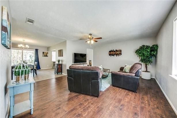 7821 Robin Creek Place, Dallas, TX - USA (photo 2)