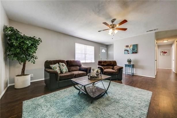 7821 Robin Creek Place, Dallas, TX - USA (photo 3)