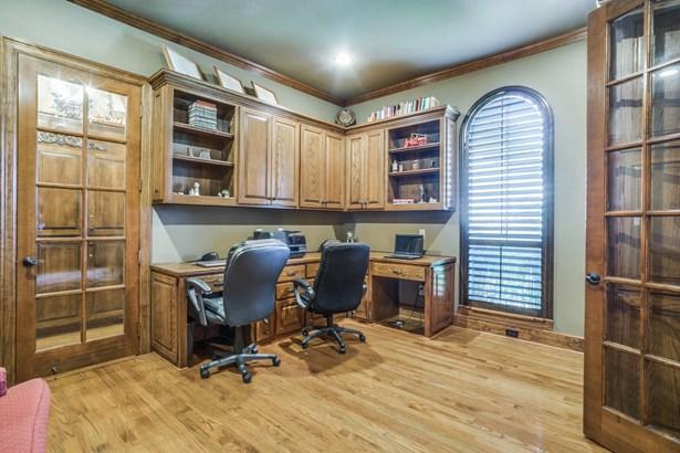 3814 Park Manor Court, Arlington, TX - USA (photo 5)