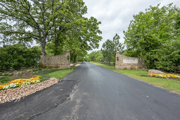 103 Saint Andrews Drive, Mabank, TX - USA (photo 2)