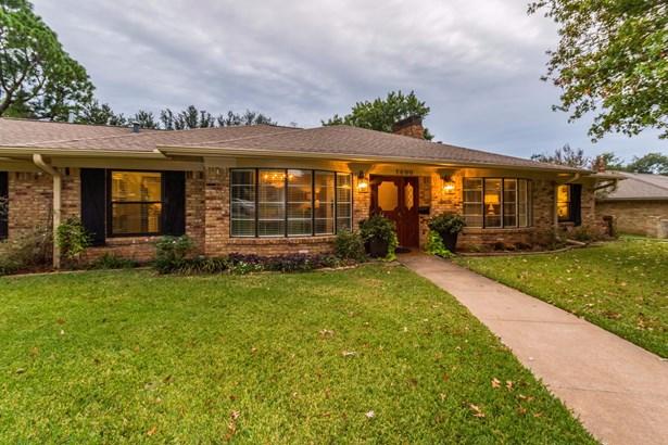 1600 Yarborough Drive, Sherman, TX - USA (photo 2)