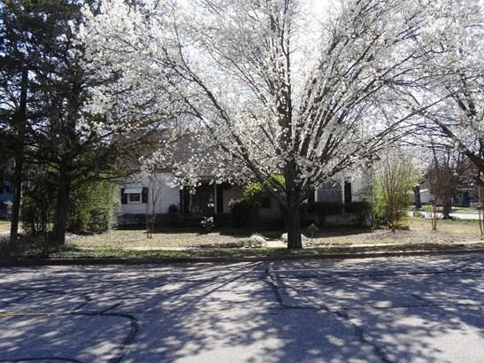 400 E Main Street, Whitesboro, TX - USA (photo 3)