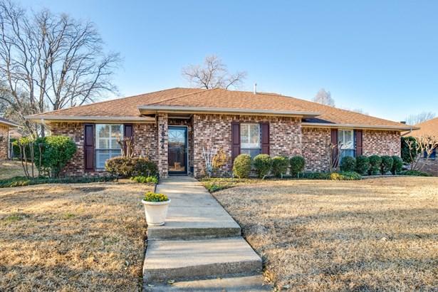 1604 Walker Drive, Carrollton, TX - USA (photo 1)