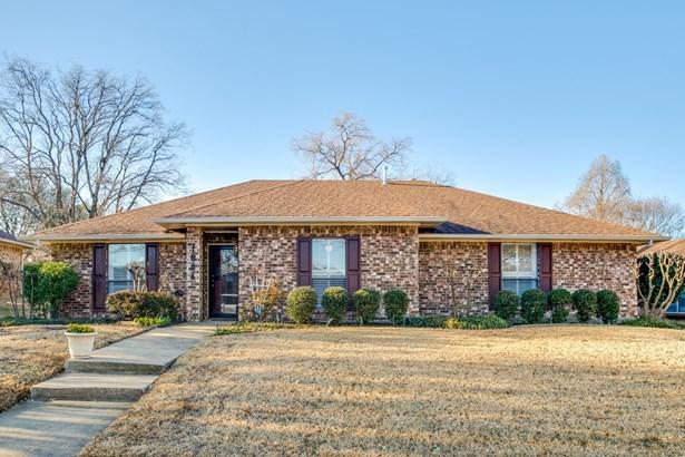 1604 Walker Drive, Carrollton, TX - USA (photo 2)