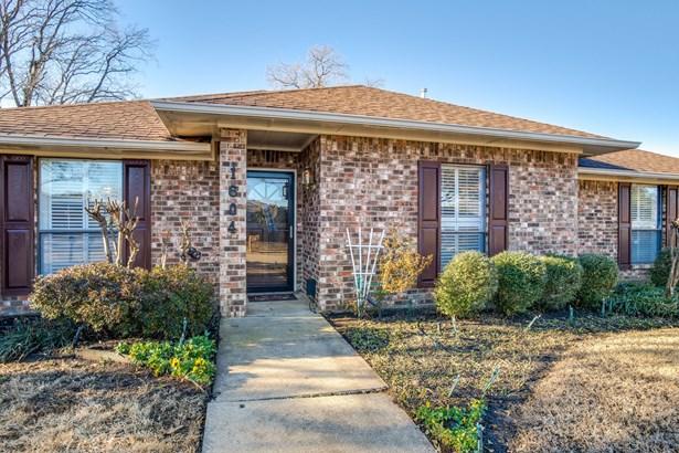 1604 Walker Drive, Carrollton, TX - USA (photo 3)