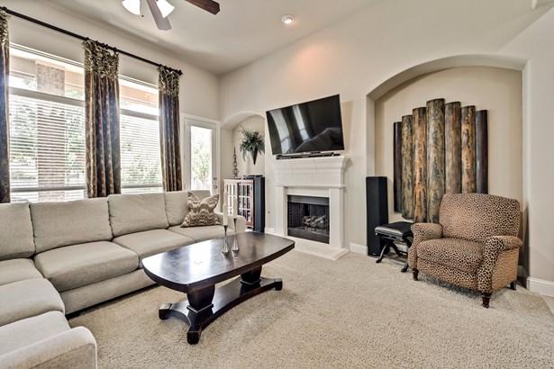 905 Tremont Street, Mansfield, TX - USA (photo 4)