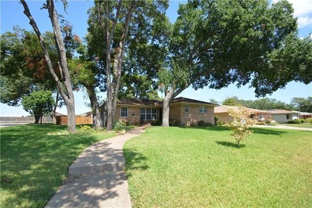 2629 Whitewood Drive, Dallas, TX - USA (photo 2)