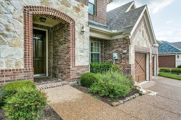 2702 Fountain View Boulevard, Cedar Hill, TX - USA (photo 3)