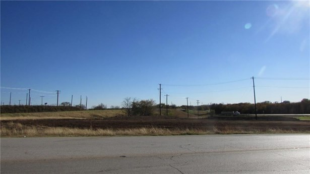 17708 Fm 156 S Road, Justin, TX - USA (photo 4)