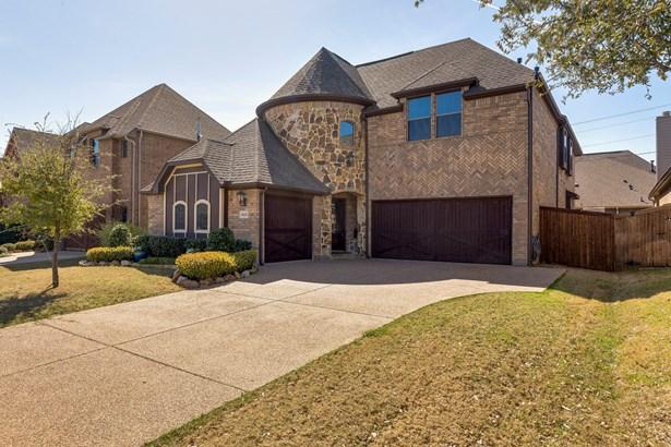 8420 La Fontaine Drive, North Richland Hills, TX - USA (photo 3)
