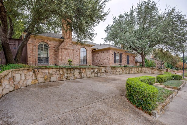5624 Plumtree Drive, Dallas, TX - USA (photo 2)