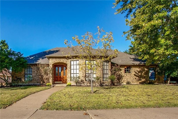2417 Country Valley Road, Garland, TX - USA (photo 1)