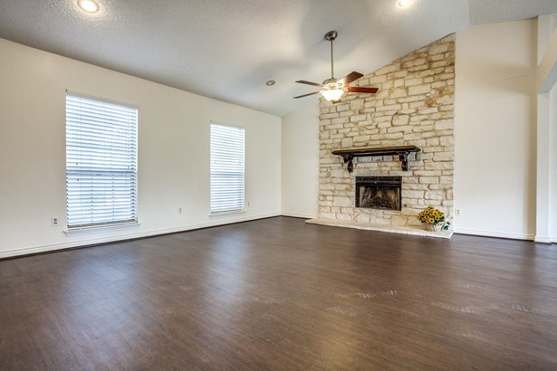 1408 Huntington Drive, Mesquite, TX - USA (photo 4)