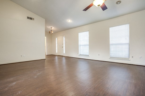 1408 Huntington Drive, Mesquite, TX - USA (photo 5)