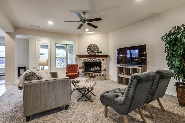 1014 Longhill Way, Forney, TX - USA (photo 4)