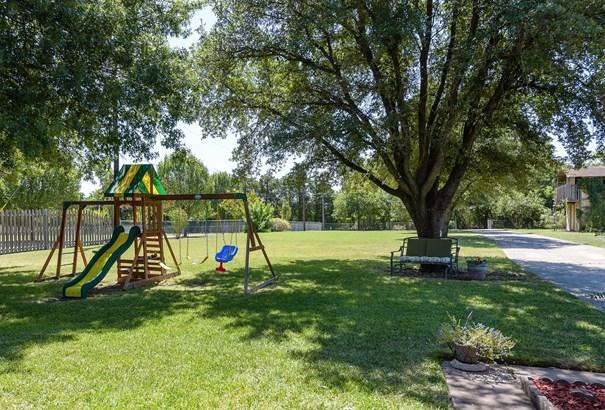 337 Creekwood Drive, Lancaster, TX - USA (photo 4)